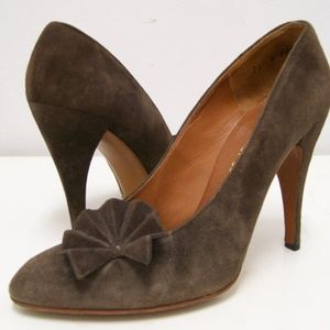 Charles Jourdan 1970's brown suede pumps 7A